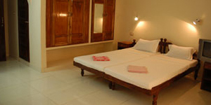 golden-sands-beach-resort-kovalam-kerala-india-accommodation