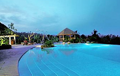 taj-green-cove-resort-kovalam-kerala-india-swimming-pool